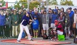 Donne un coup de pied les ressortissants supérieurs de Men's de Canada de base-ball image libre de droits