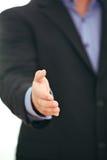 Donner d'homme d'affaires pouces vers le haut Image stock