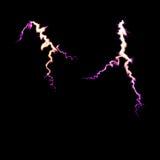 Donnerbeleuchtungsbolzen Hochenergiekonzept glänzendes elektrisches Licht auf schwarzem Hintergrund Weichzeichnung, Kopienraum Stockfotos