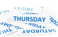 Donnerstags-Wortbeschaffenheitshintergrund Stockfotos