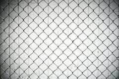 Donnez au filet une consistance rugueuse en métal de cage Image stock