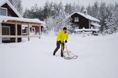Donnez un coup de pied hors fonction le traîneau en Suède photos stock