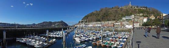 Donostia圣塞巴斯蒂安,巴斯克地区,城市,西班牙 小船和港口视图 库存照片