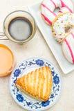 donuts και brioche Στοκ φωτογραφία με δικαίωμα ελεύθερης χρήσης