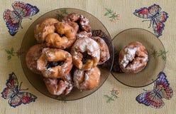 Donuts με το κεράσι Στοκ φωτογραφίες με δικαίωμα ελεύθερης χρήσης