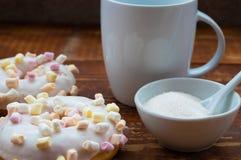 Donuts με marshmallow στοκ φωτογραφία