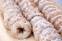 Donuts голубики с замороженностью стоковые фото