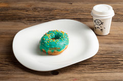 Donuts Круглая зажаренная в тучном пирожке малый зажаренный торт sweetene Стоковые Фотографии RF
