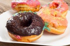 Donuts Круглая зажаренная в тучном пирожке малый зажаренный торт sweetene Стоковое Фото