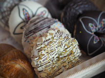 Donuts on basket in bakery shop.  Royalty Free Stock Photos
