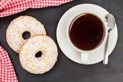Donuts Läcker efterrätt för te textur planlägg ditt härligt brigham arkivbilder