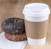 Donuts och kaffe Arkivfoton