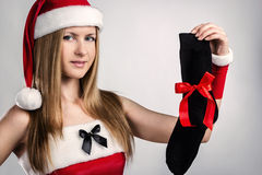 Donzela com o melhor presente para homens Imagens de Stock