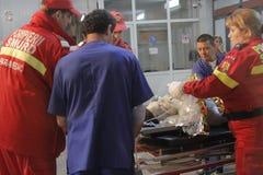 27 dood in de nachtclubbrand van Boekarest Colectiv Stock Fotografie