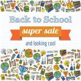 Doodle назад к плакату продажи школы супер Стоковое фото RF