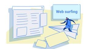 Летание человека на бумажном самолете к парню концепции сети браузера страницы вебсайта занимаясь серфингом случайному в одеждах  бесплатная иллюстрация