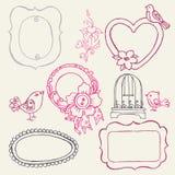 Γλυκά πλαίσια Doodle με τα πουλιά και τα στοιχεία λουλουδιών Στοκ φωτογραφίες με δικαίωμα ελεύθερης χρήσης