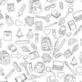 Διανυσματικό άνευ ραφής σχέδιο με τα σχολικά εργαλεία doodle Στοκ Φωτογραφία