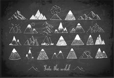 Doodle nakreślenia góry na blackboard tle Obraz Royalty Free
