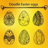 Doodle Wielkanocni jajka na żółtym tle, wektor Obrazy Royalty Free