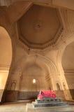 Doodskist binnen van de Graven van Qutb Shahi Royalty-vrije Stock Foto