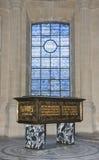 Doodskist in de kerk van Invalides in Parijs, Frankrijk Royalty-vrije Stock Fotografie