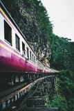 Doodsspoorweg in Kanchanaburi Thailand stock afbeelding