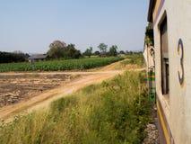 Doodsspoorweg op de manier in Kanchanaburi, Thailand Stock Foto
