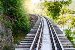 Doodsspoorweg, tijdens Wereldoorlog II, Kanchanaburi Thailand wordt gebouwd dat Stock Fotografie