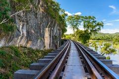 Doodsspoorweg, tijdens Wereldoorlog II, Kanchanaburi Thailand wordt gebouwd dat Royalty-vrije Stock Fotografie