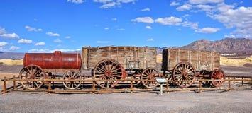 Doodsvallei, twintig-Muilezel teamwagens Royalty-vrije Stock Foto's