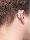 Doof man gehoorapparaat. Royalty-vrije Stock Foto