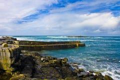Doolins fjärd, Burrenen. Panorama Royaltyfria Bilder