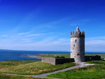 Doonagore城堡Doolin Co. Clare爱尔兰 图库摄影