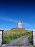 Doonagore slott Doolin Co. Clare Irland Royaltyfri Foto