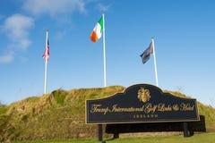 Doonbeg, Ierland - December achtentwintigste 2016: Donald Trump International Golf Links & vijfsterrenhotel Doonbeg, Provincie Cl stock fotografie