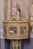 Doopdoopvont in de kerk van Heilige Matthew in Stitar, Kroatië Stock Afbeeldingen