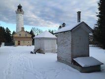 Door County Wisconsin ljust hus i vinter arkivfoton