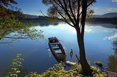Door de rivier royalty-vrije stock foto