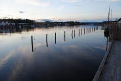Door de rivier Royalty-vrije Stock Fotografie