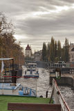 Door de sloten op Vltava Royalty-vrije Stock Afbeeldingen