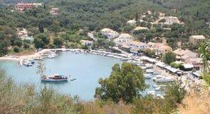 Door het Overzees, Korfu, Griekenland. Stock Afbeeldingen