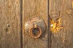 Door knob on old house in Pristina Stock Photography