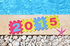 2015 door poolside Stock Foto