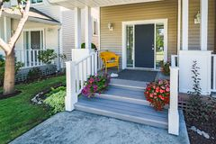 Free Door Steps And Concrete Pathway To Residential House Entrance Under The Porch Stock Photo - 158898120