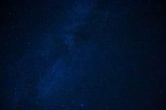 Door sterren verlichte hemel Stock Fotografie