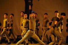 Door tijd en ruimte-2011 de dansende klassenpartij van het Graduatieoverleg Stock Foto's