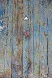 Doorstaan hout royalty-vrije stock afbeeldingen