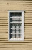 Doorstaan houten venster Stock Foto's
