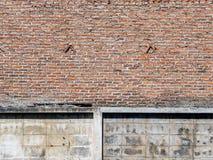 Doorstane bevlekte oude baksteen openlucht Royalty-vrije Stock Afbeelding
